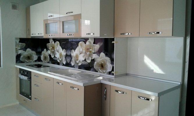 Кухненска мивка с десен плот модел 2022 цвят бял с отвор за батерия